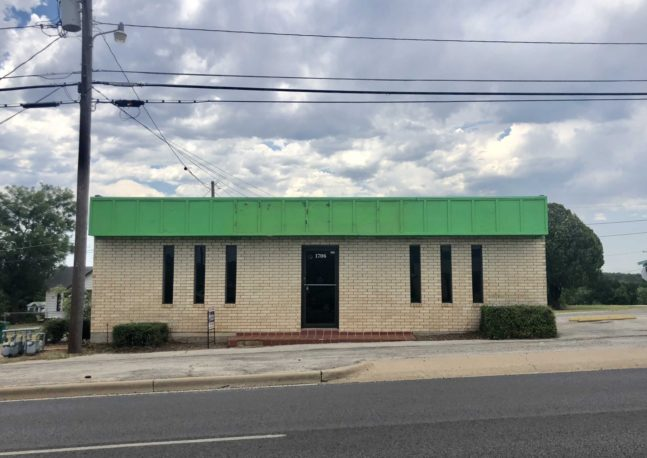 Retail Office Space on Hwy 16